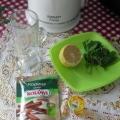 Чай с мятой, лимоном, корицей.
