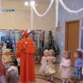 Новогодний праздник для детей 2-ой младшей группы «Волшебный телефон».