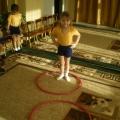 Физкультурное занятие в средней группе «На помощь колобку».