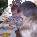 Рисуем пасхальные яйца