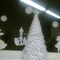 Новогодние елки (поделки сотрудников детсада и родителей)
