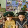 Фотоотчёт «Как мы готовили стенгазету к Дню защитника Отечества»