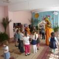 Драматизация сказки «Теремок» для детей адаппционной группы (1,5–2 года) детьми средней группы