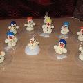 Счастливые снеговики.
