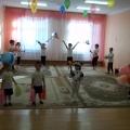«Веселые старты»— совместное мероприятие младшей группы «Муравейка» с учащимися 2-б класса СОШ им. академика Р. З. Сагдеева