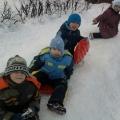 Оформление участка снеговыми фигурами