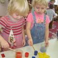 Занятие-опыт с элементами ТРИЗ с детьми второй младшей группы «Цветные льдинки»