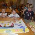 Коллективные творческие работы детей и педагога.