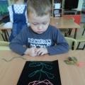 Рисование нитками по бархатной бумаге.