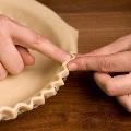 Шесть способов украшения края пирога