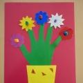 Мастер-класс «Цветы для мамочки». Необычная идея аппликации