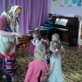 Совместное развлечение родителей и детей младшего дошкольного возраста.