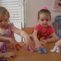 Нетрадиционная пальчиковая игрушка «Сапожки».