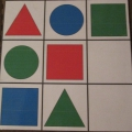 Дидактическая игра на развитие логического мышления «Подбери фигуру»