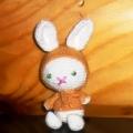 Раз кружочек, два кружочек… получился милый зайчик! Вяжем милых заек.