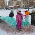Постройки из снега. «Гусеница»