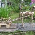 Лошадка с тележкой для детского участка