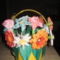 Корзинка с цветами (квиллинг)