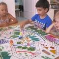 Дидактическая игра по правилам дорожного движения «По дороге в детский сад»