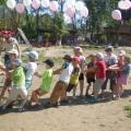 Спортивное развлечение «Хохотушка и Веселушка в гостях у ребят»