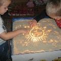 Световой модуль для рисования песком.