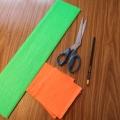 «Подарок для всех женщин» Изготовление розочки из цветных салфеток.