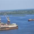 Нижний Новгород— город у слияния двух рек: Оки и Волги.