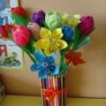 Вазочка для цветов из карандашей
