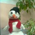 Вязаный крючком «Веселый снеговичок»