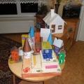 Макеты домов (поделки родителей) к теме «Мой дом».