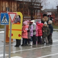 Конспект занятия в подготовительной группе по обобщению знаний о правилах поведения в транспорте и на улице «Шел автобус…»