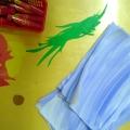 Аппликация во второй младшей группе «Рыбки плавают в ручейке»