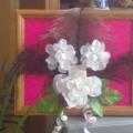 Белые розы из одноразовых ложек