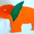 Вырезание слоника из картона.