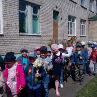 Фотоотчет «Возложение цветов к памятнику погибшим воинам в ВОВ»