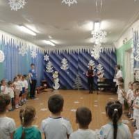 Сценарий музыкально-спортивного развлечения для старших дошкольников «Здравствуй, Зимушка— зима, рады видеть мы тебя!»