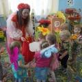 Весенний праздник в группе раннего возраста.