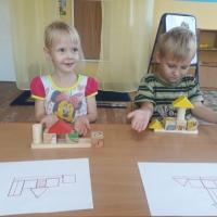 Фотоотчет о конструировании по схемам с детьми среднего дошкольного возраста