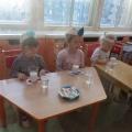 Опытно-экспериментальная деятельность в младшей группе «Свойства воды»