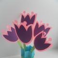 Поделка из бумаги «Ваза с тюльпанами».