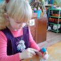 Мастер-класс «Мы для милых мамочек сделали подарочек» («Дерево счастья» руками детей)