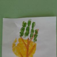 «Осеннее дерево». Конспект занятия по рисованию ладошкой (средняя группа)