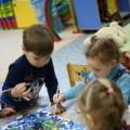 Аппликация с детьми раннего возраста «Снегирёк». Создание коллективной композиции. Рваная аппликация. Фотоотчёт