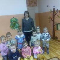 Мастер-класс «Коллективная работа «Елочка-красавица из ладошек»