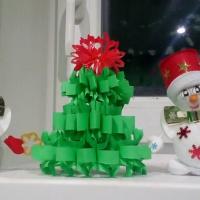 Мастер-класс «Новогодняя ёлочка» из бумаги. Снеговики на празднике!