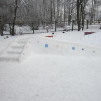 Веселый зимний участок!