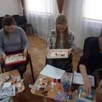 Фотоотчет о мастер-классе для воспитателей ДОУ «Нетрадиционные техники рисования, рисование шариками Марблс»