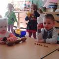 Фотоотчет «Игры детей с природным материалом»