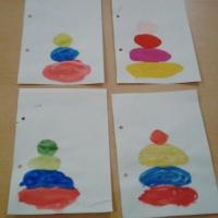Фотоотчёт о занятии по рисованию во второй младшей группе «Пирамидки»