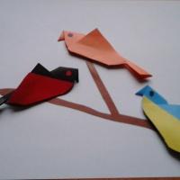 Мастер-класс по изготовлению поделки из бумаги способом оригами «Птицы на ветке»